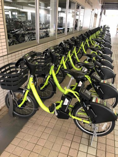 金沢観光は電動自転車で回るのが便利です。
